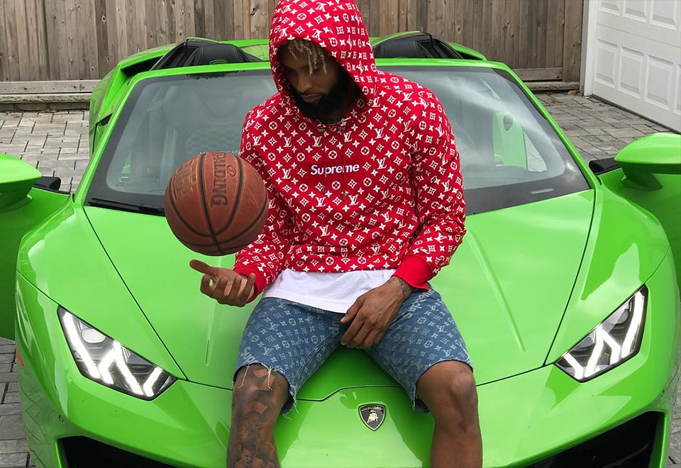 Odell Beckham Jr, do New York Giants, é outro que curte carros de luxo