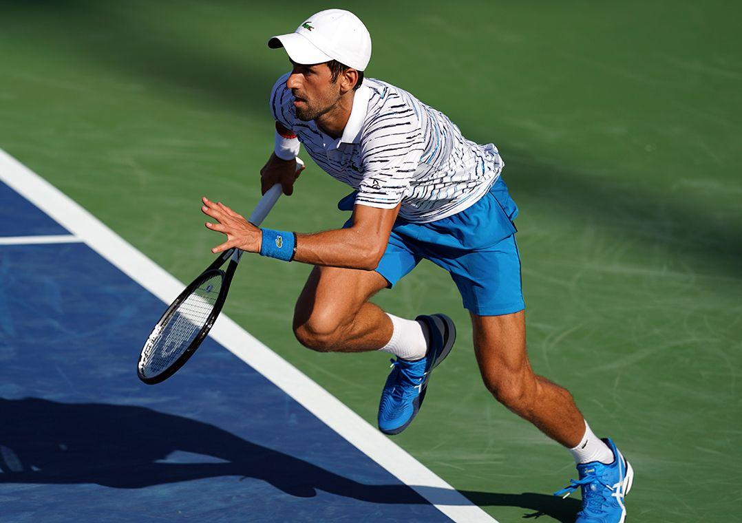 Djokovic sofre no início, mas estreia com vitória em Cincinnati