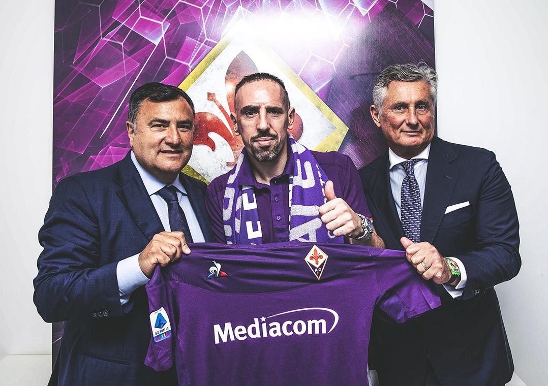 Após 12 temporadas no Bayern, Ribéry assina com a Fiorentina