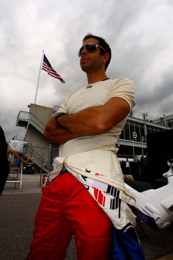 Vitor Meira deixa os Estados Unidos nesta quarta-feira para correr a etapa da Fórmula Indy em São Paulo