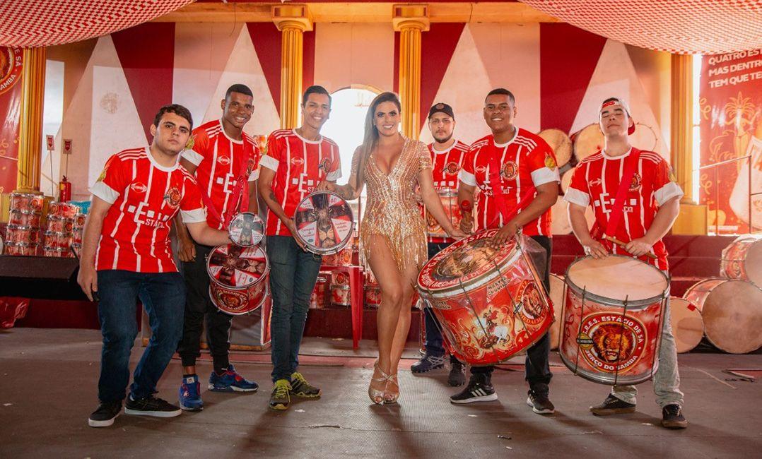 Estácio de Sá prepara grande festa para coroar nova rainha de bateria
