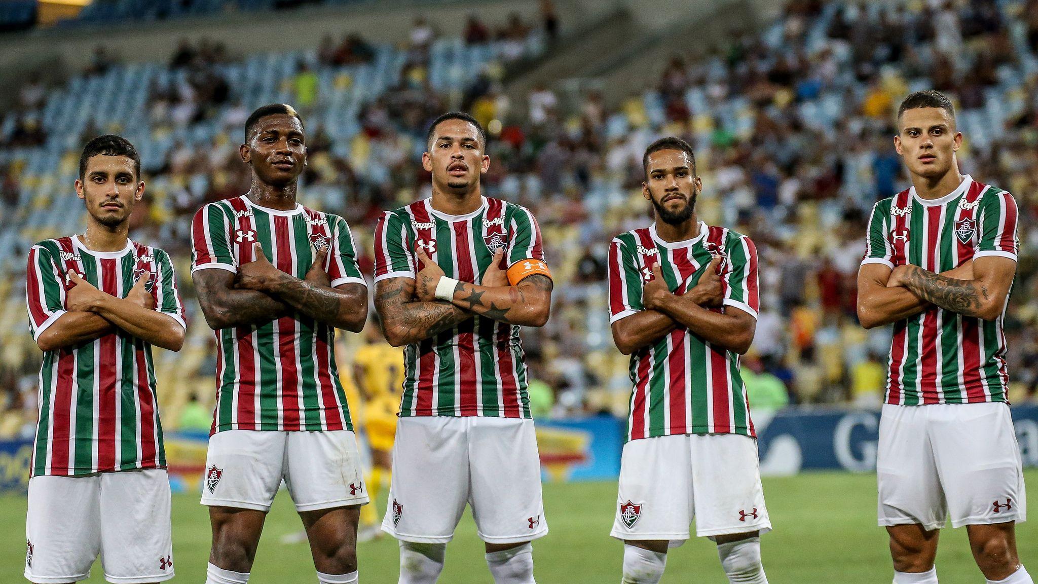 O destaque é o jogo Fluminense x Corinthians