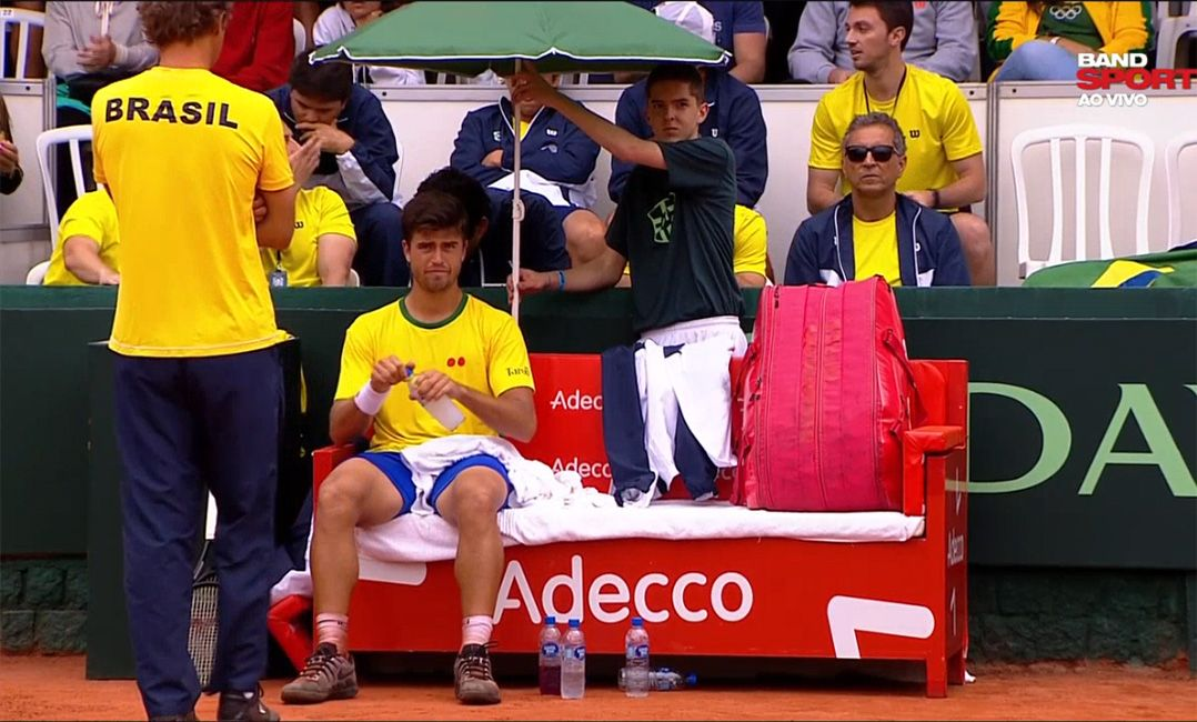 Estreante, Menezes perde e Brasil sai atrás de Barbados na Copa Davis