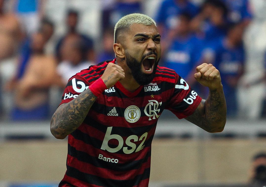 Flamengo bate Cruzeiro no Mineirão e amplia vantagem na liderança
