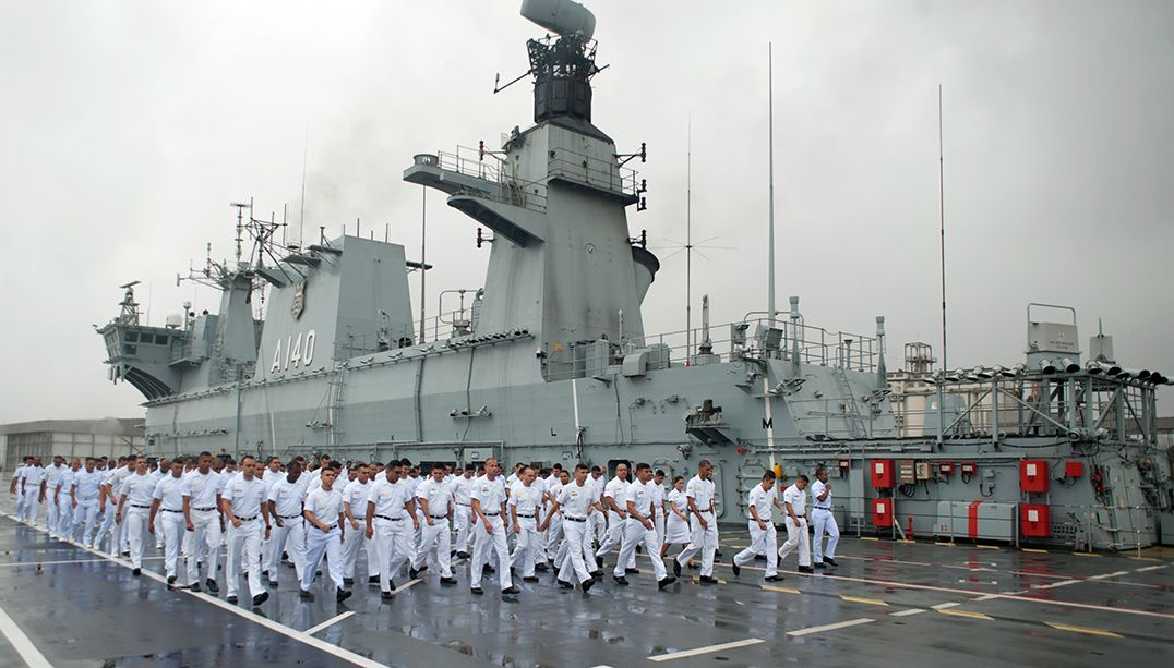MasterChef gravou na maior embarcação da Marinha brasileira