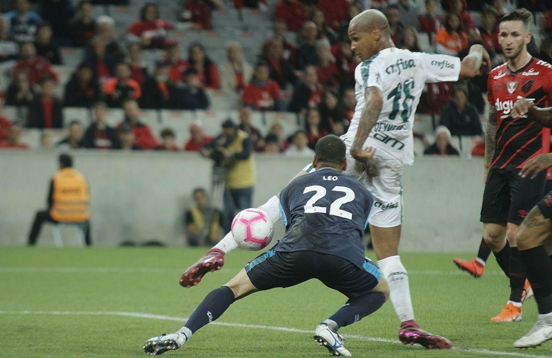 Palmeiras fica no empate no Paraná