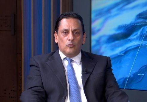 """Wassef pede o arquivamento do inquérito que apura o caso das """"rachadinhas"""" no gabinete de Flávio Bolsonaro"""
