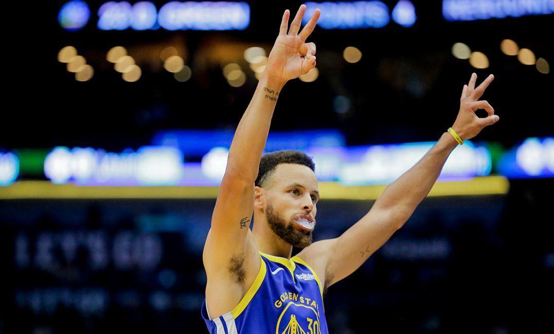 Stephen Curry comanda os Warriors / Divulgação / NBA