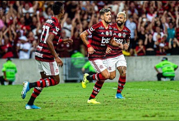 Destaque para Flamengo x Corinthians