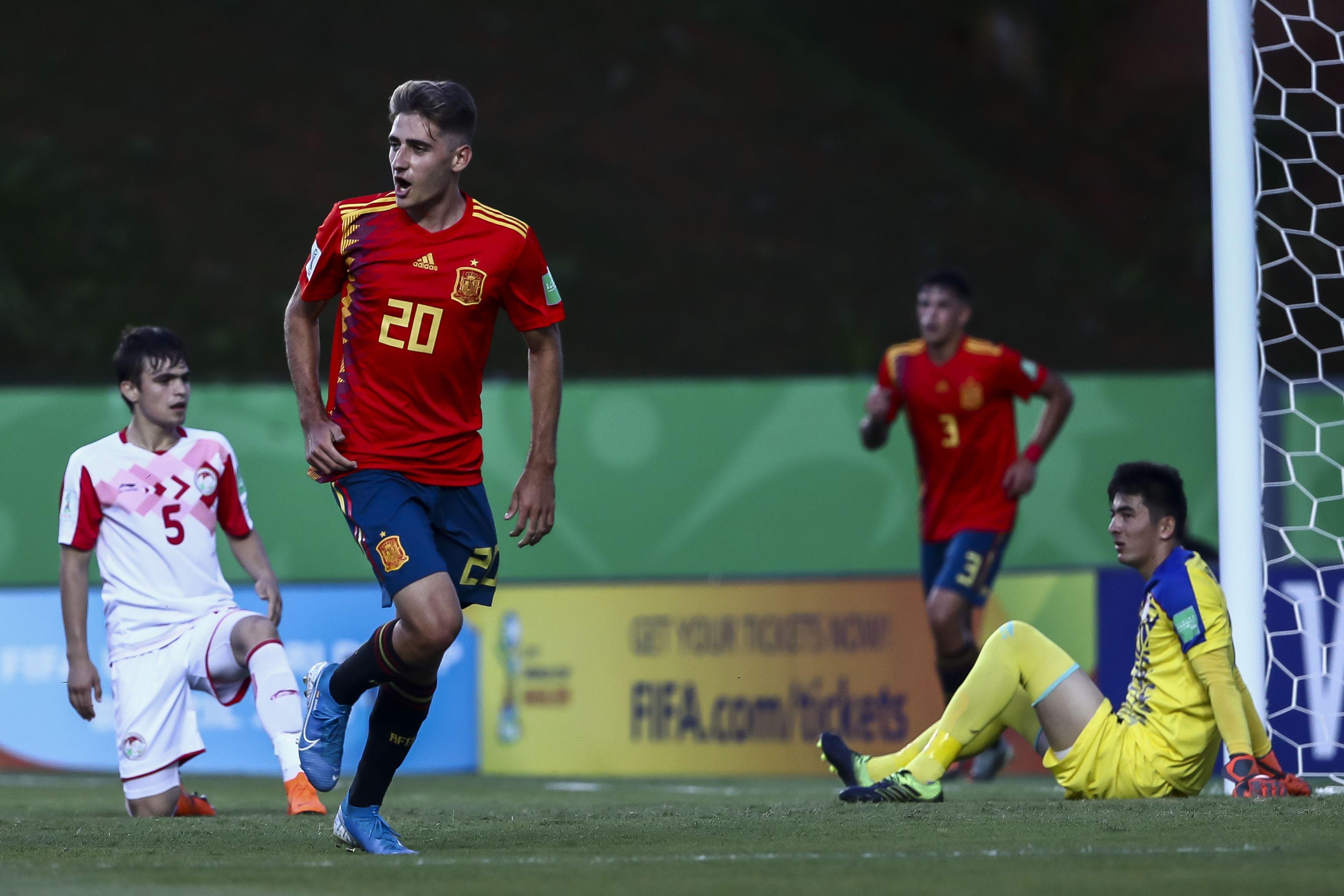 Camarões x Espanha