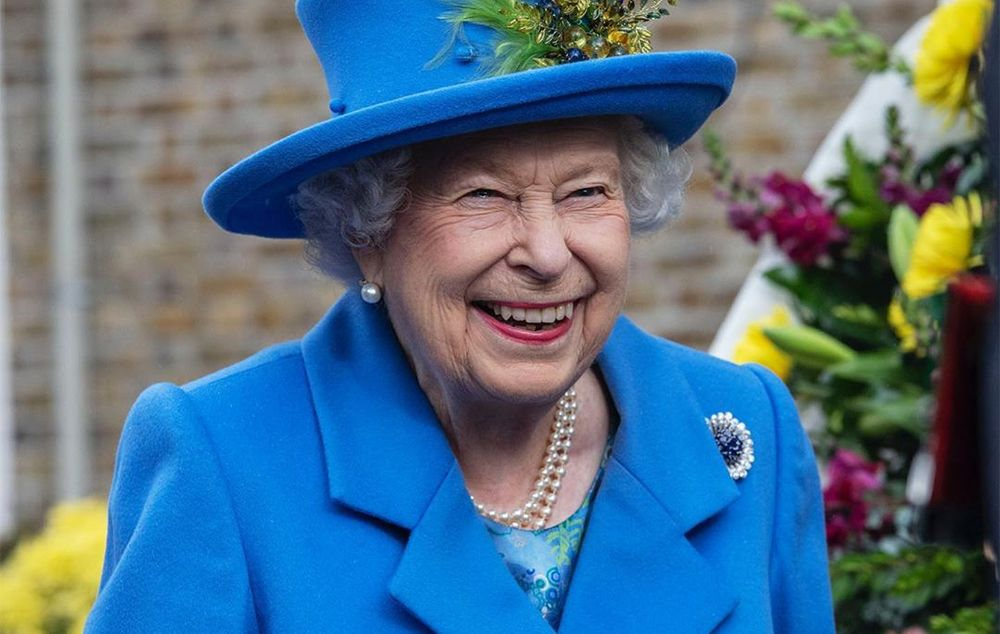 Rainha Elizabeth vetou leis para seu benefício econômico, diz jornal