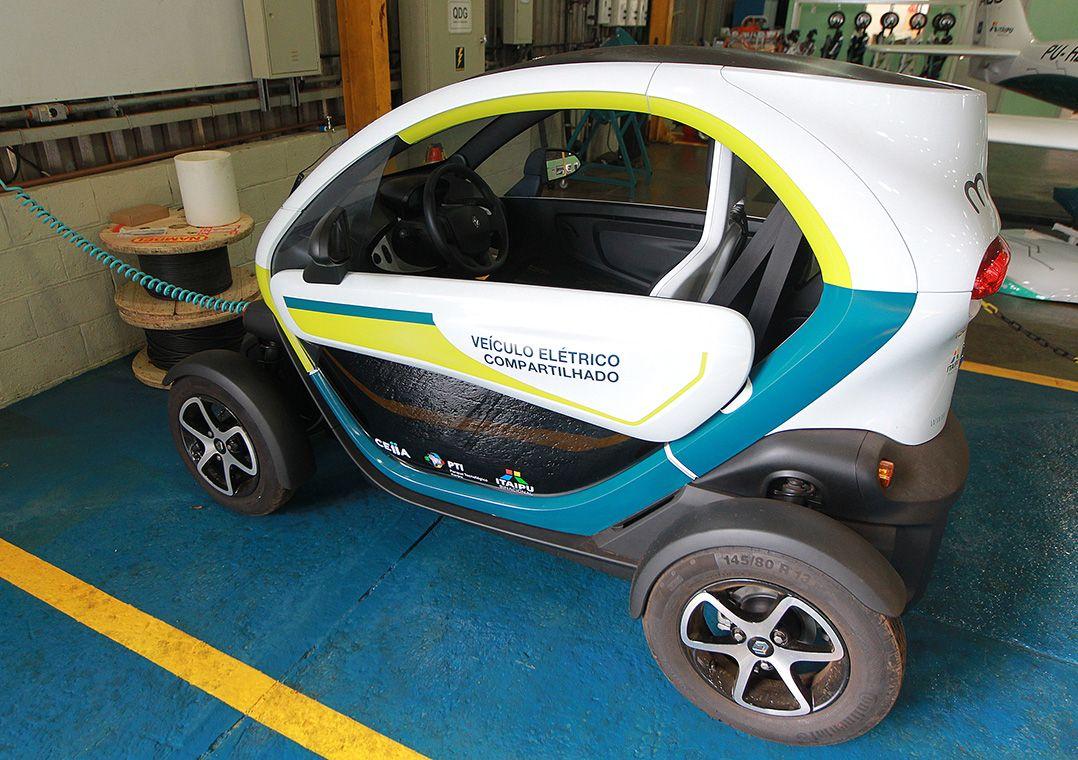 Veículo elétrico produzido em Itaipu Binacional em Foz do Iguaçu / Francisco Carlos Ferreira/Estadão Conteúdo