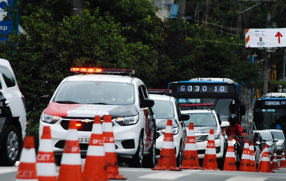 Movimentação na região do autódromo de Interlagos neste sábado, 16 / Adeleke Anthony Fote/The News 2/Estadão Conteúdo