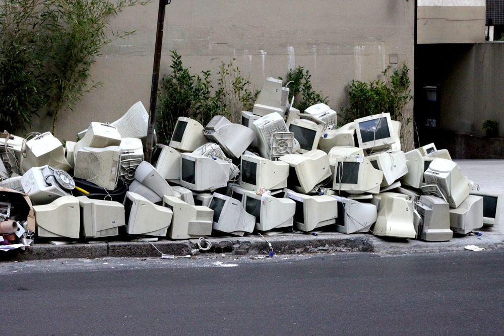 Os lixos eletrônicos são o tema da edição / Divulgação