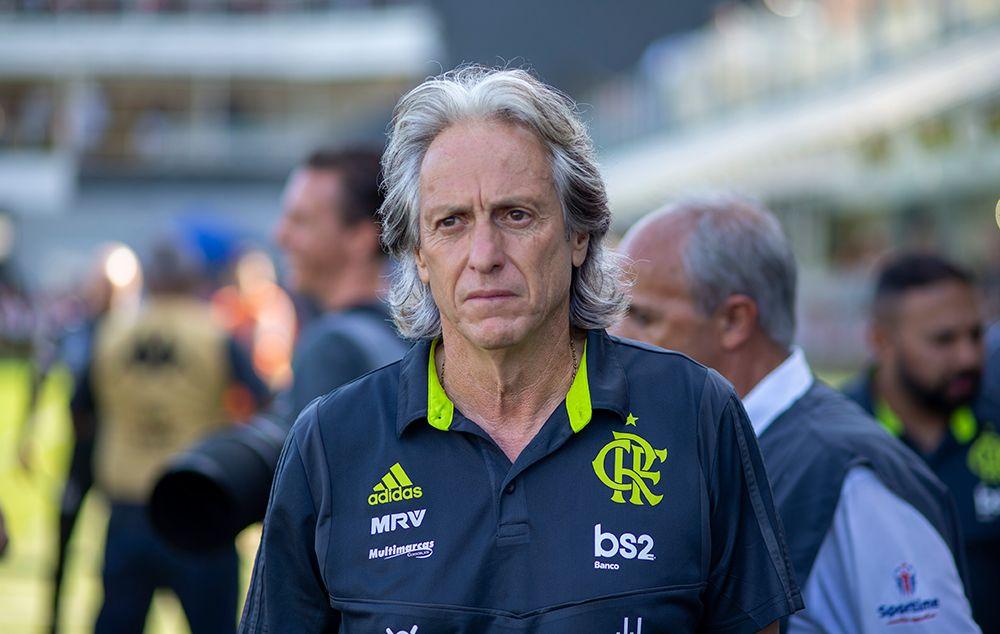Presidente do Flamengo revela o que falta para a renovação com Jesus