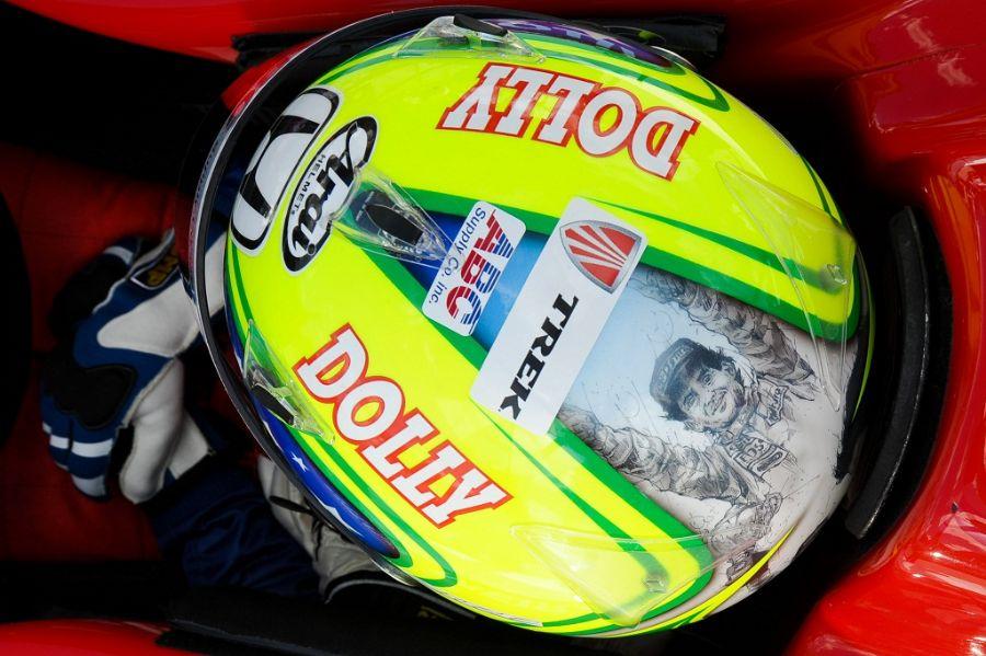 Vitor Meira prestará homengem a Aytron Senna com pintura no capacete neste domingo