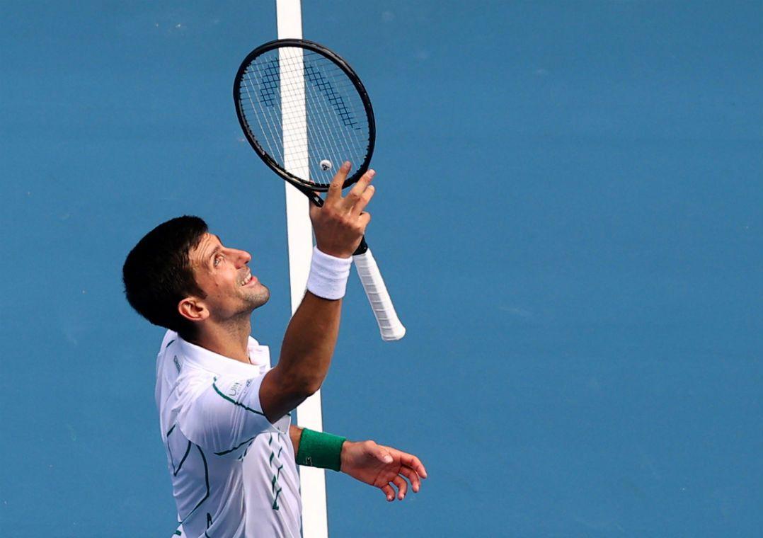Djokovic e Federer confirmam favoritismo e avançam às quartas