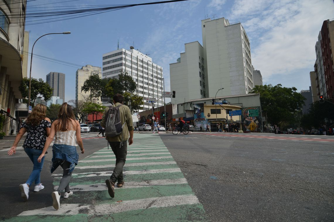Maioria dos paulistanos não participa da política municipal