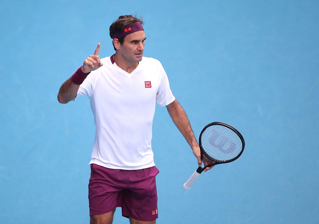 Federer salva 7 match points, Djokovic vence fácil e rivais duelarão