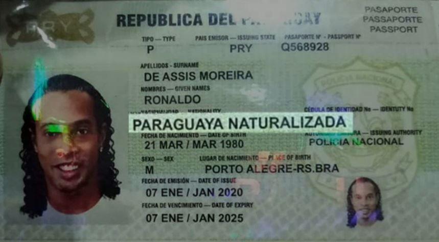 Documento de identidade apresentado por Ronaldinho no Paraguai: naturalizado paraguaio
