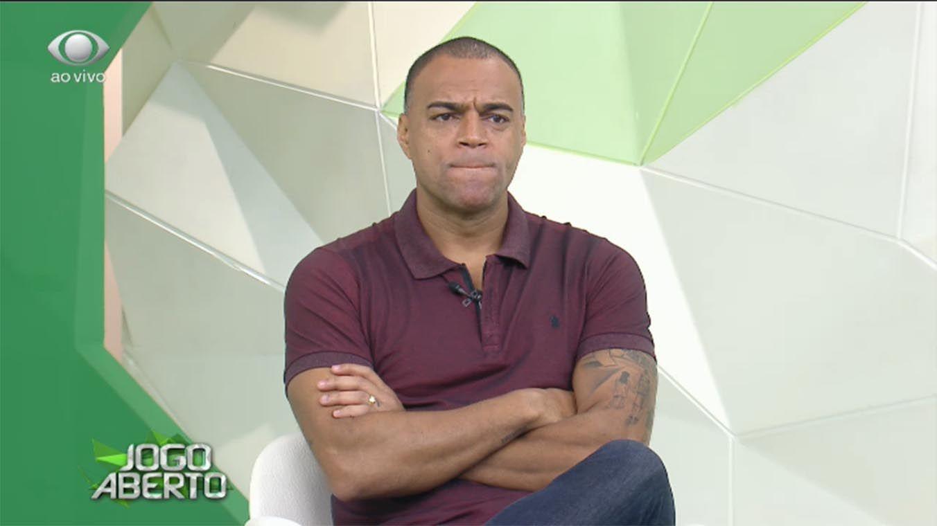 Denilson diz que já era para Neymar ter sido o melhor do Mundo ...