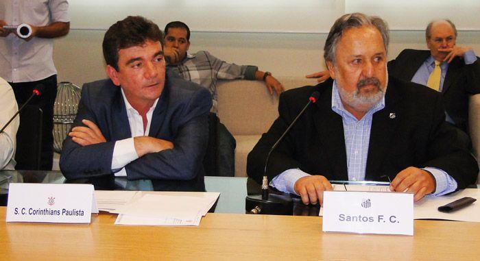 Os presidentes  Sanchez, do Corinthians,  e Luis Álvaro Ribeiro, do Santos, estiveram na sede da Federação Paulista de Futebol nesta segunda-feira