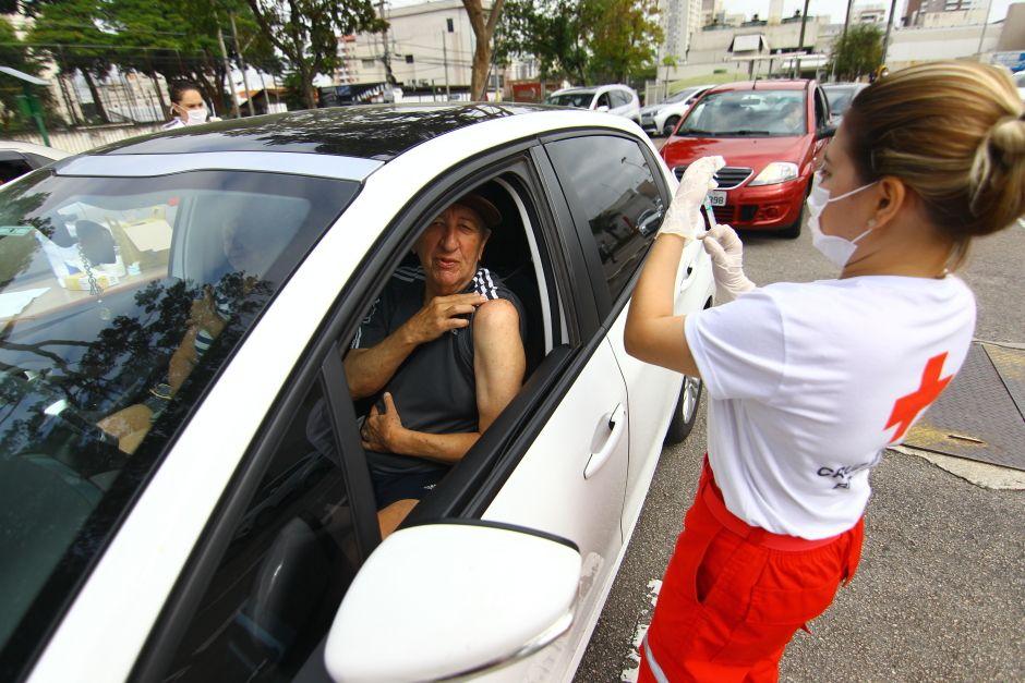 São José dos Campos retomou a vacinação contra a gripe em idosos