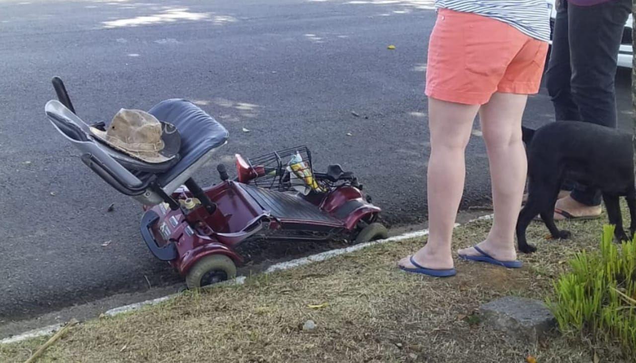 Cadeirante de 72 anos é atropelado em Taubaté