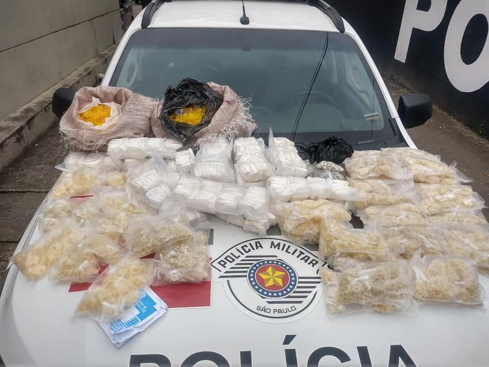 Quatro pessoas são presas por tráfico de drogas em Ubatuba