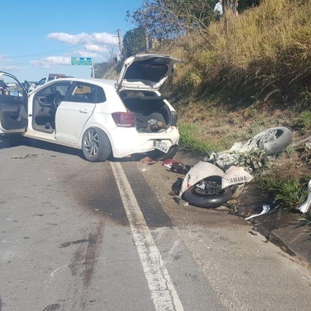Dois homens morrem em acidente na Floriano Rodrigues Pinheiro