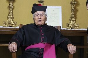 Monsenhor Ernesto Cunha morre aos 100 anos em São José dos Campos