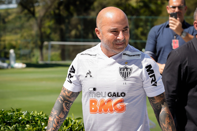 """Imagem mais compartilhada Neto questiona Sampaoli e compara com Tiago Nunes: """"O que ele ganhou?"""""""