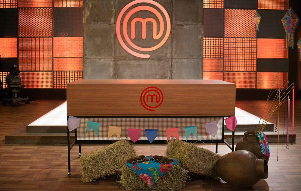 Participantes reinventam pratos de festa junina no Arraía do MasterChef