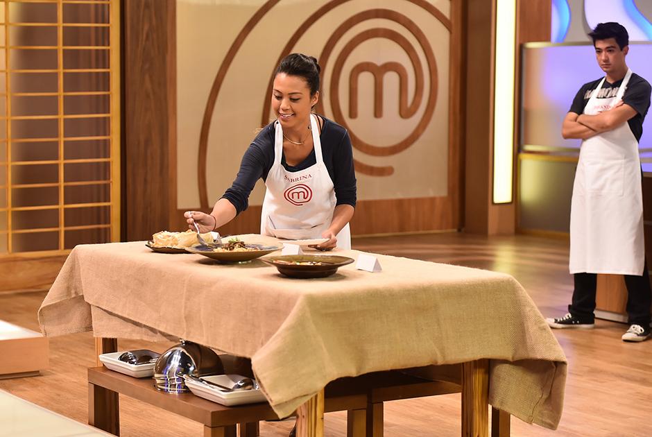 Competidores do MasterChef preparam receitas exóticas