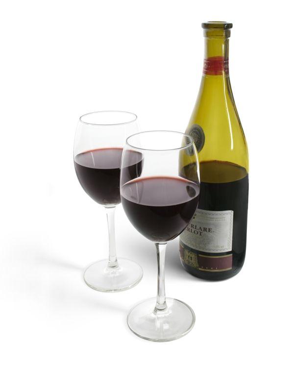 Vinho tinto é benéfico para o coração  / Foto: Stockxchng