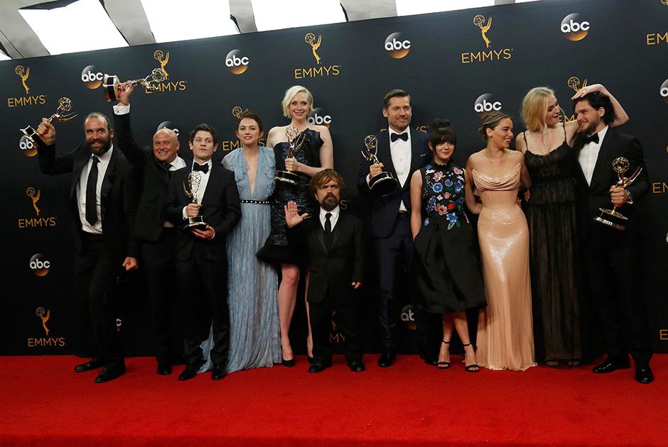 Confira os famosos que estiveram no Emmy
