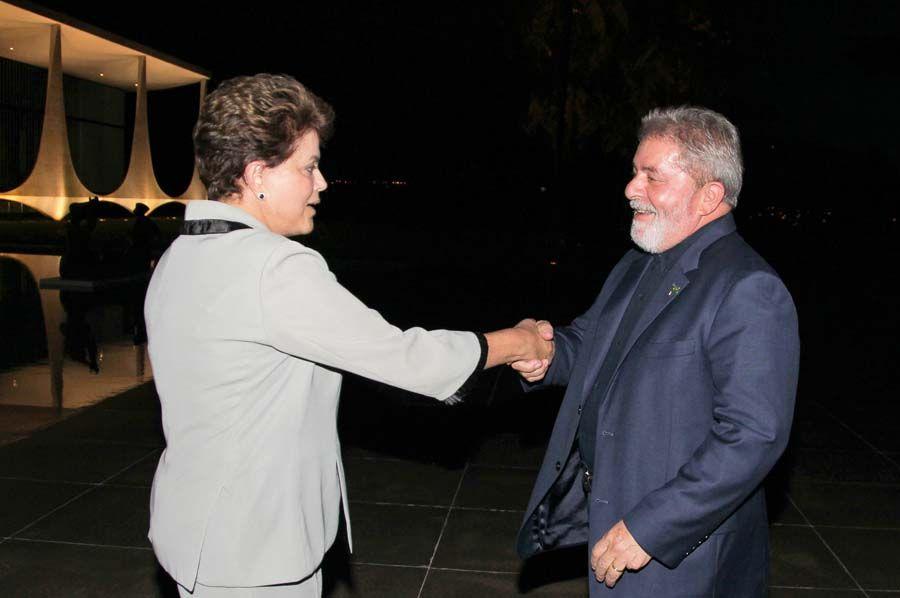 Dilma e Lula vêm se encontrando com frequência nos últimos dias