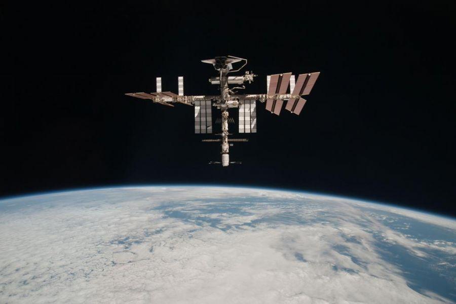 As fotos foram tiradas por astronautas a bordo de uma cápsula espacial russa