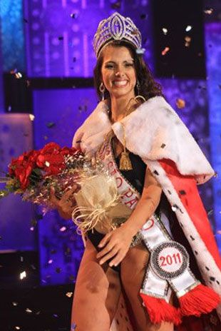 Rafaela Butareli é a atual São Paulo e passará a coroa no dia 11/08