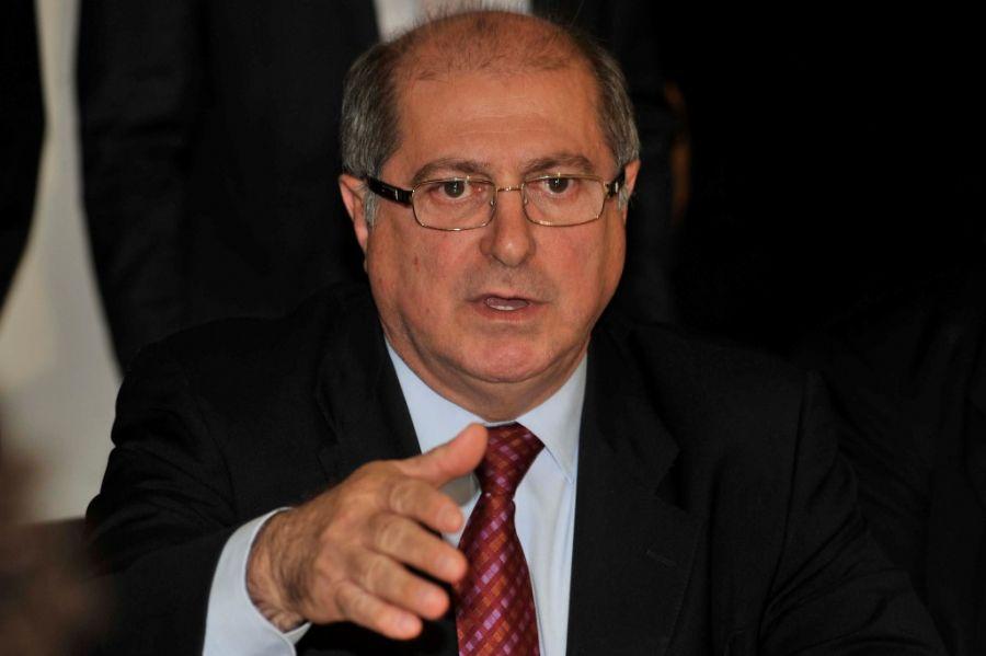 O ministro das Comunicações, Paulo Bernardo, disse, no entanto, que o cronograma de oferta do serviço ainda não foi fechado / Foto: José Cruz/ABr