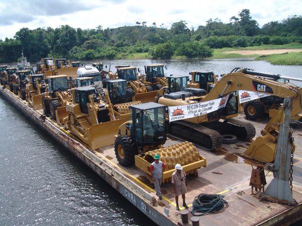 Ao todo, 37 máquinas chegaram hoje para as obras de Belo Monte / Foto: Divulgação/CCBM