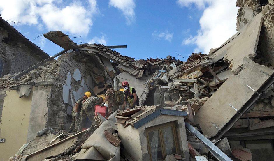 Terremoto atinge centro da Itália e deixa mortos