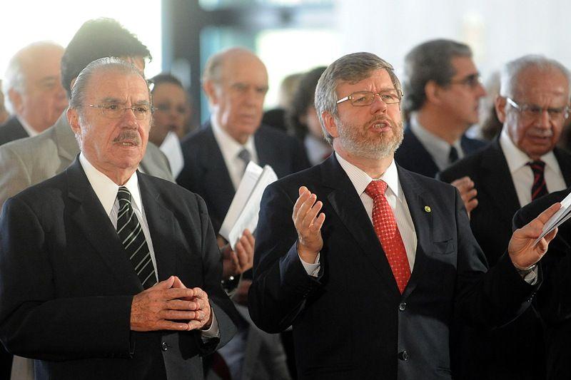 Os presidentes do Senado, José Sarney, e da Câmara, Marco Maia, participaram nesta quarta da missa em memória de Itamar Franco  / Wilson Dias/ABr