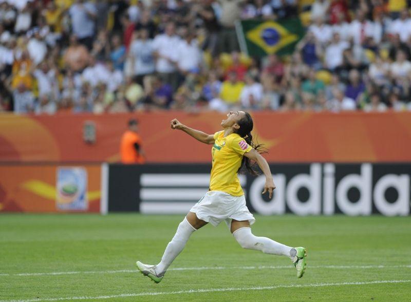 Marta é uma das concorrentes ao prêmio de melhor do Mundial da Alemanha / Oddd Andersen/AFP