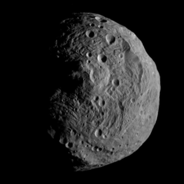 Vesta tem um diâmetro de 530 quilômetros / Foto: Reprodução/Nasa