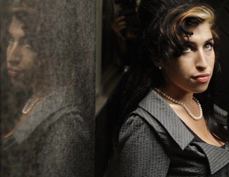 Resultado da autópsia da cantora sairá em no mínimo duas semanas / Shaun Curry/AFP
