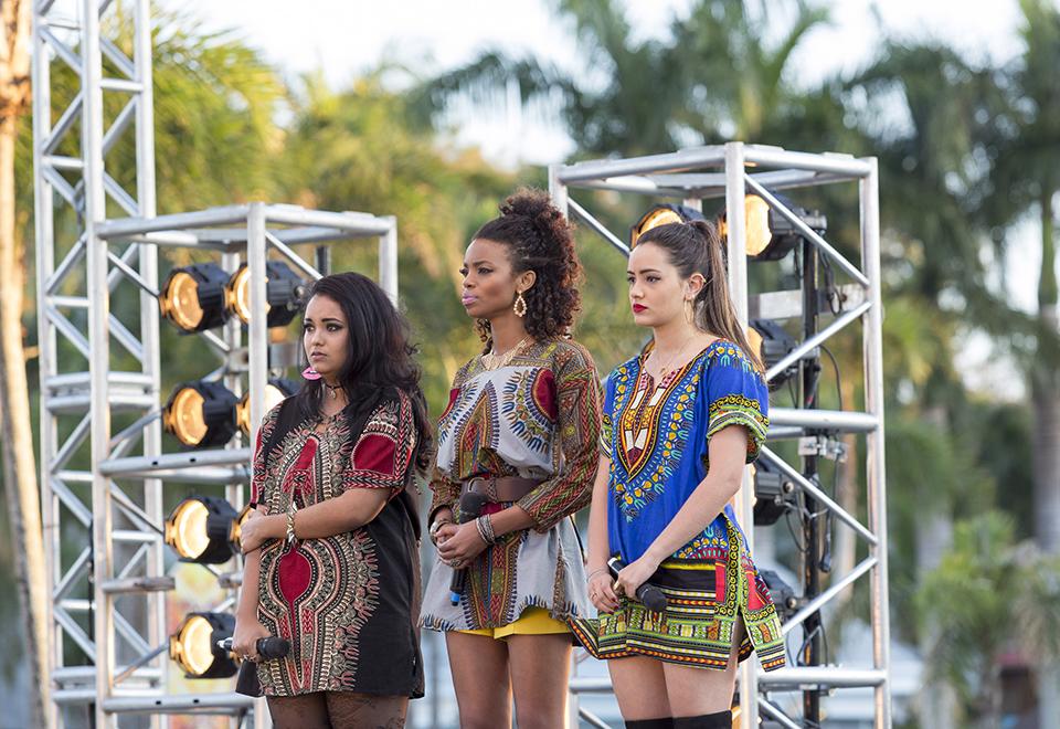 Separação de trio e formação de girl band marcam episódio