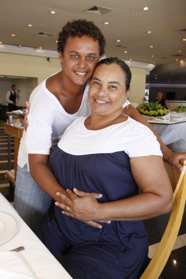 Solange e o marido Jamerson / Philippe Lima/AgNews