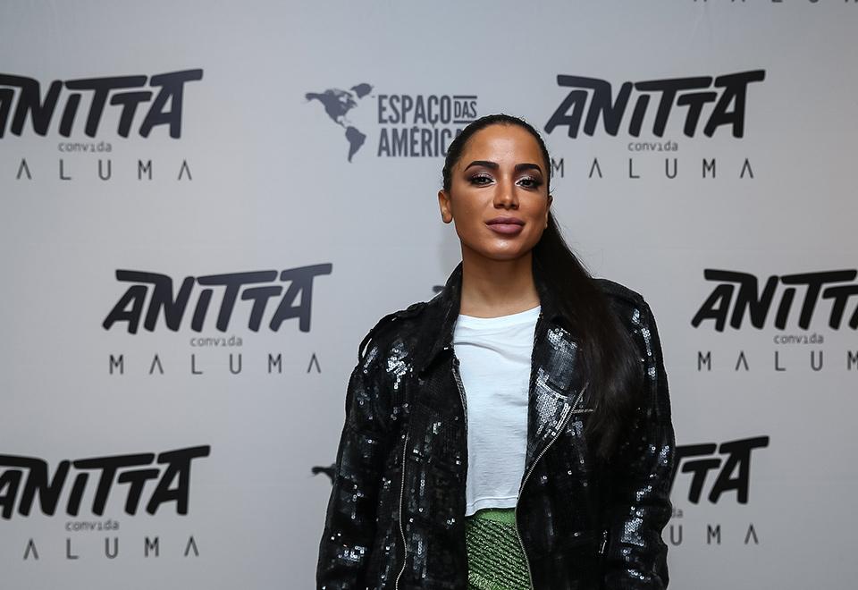 Anitta se apresenta com Maluma em São Paulo