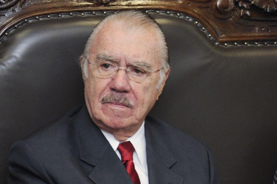 MPF quer impedir que vencimentos de Sarney superem teto do funcionalismo / Jane de Araújo/ Agência Senado